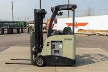 2016 Crown RC5525-30 Stand Up Forklift