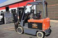 Used Electric Sit Down 4 Wheel Forklift for Indoor and Light