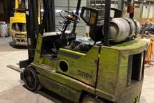 Indoor Cushion Tire Forklifts for Warehouses and