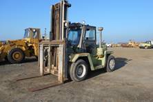 Forklift with Pneumatic Tires for Rough Outdoor Terrain from