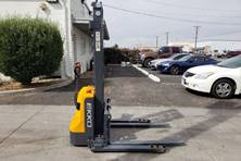 2019 EKKO Lifts EB12E