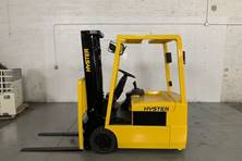 2000 Hyster J30XMT