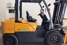 2015 Unicarriers FD40