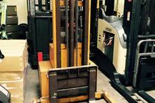 Large Inventory of Used Electric Walkie Straddle Stacker from Eliftruck