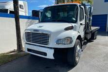 2005 Used ROLLBACK DELIVERY TRUCK