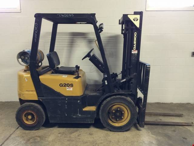 1999 LP Gas Daewoo G20S-3 Pneumatic Tire 4 Wheel Sit Down
