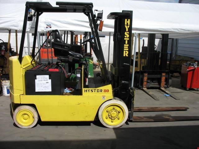 1999 Hyster E80XL