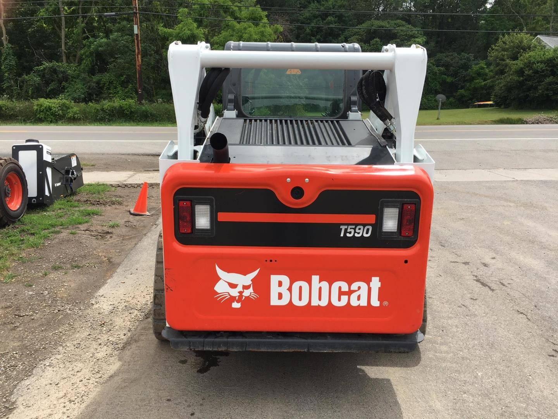 2017 Bobcat T590
